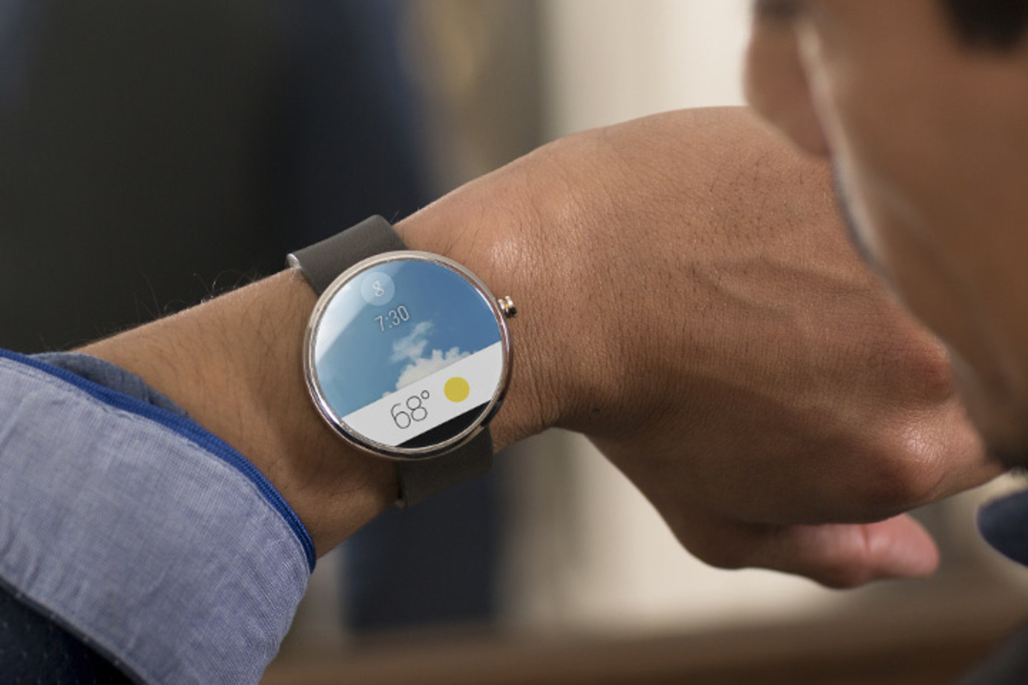 By 2016, almost half of wristworn devices will be smartwatches